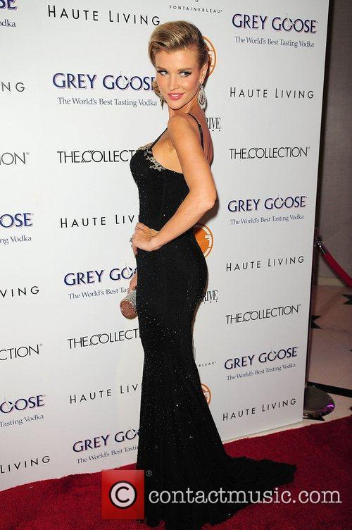 Joanna Krupa Present the Black's Annual Gala 2012...