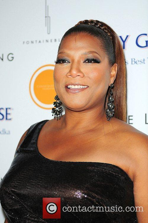 Queen Latifah Black Dress