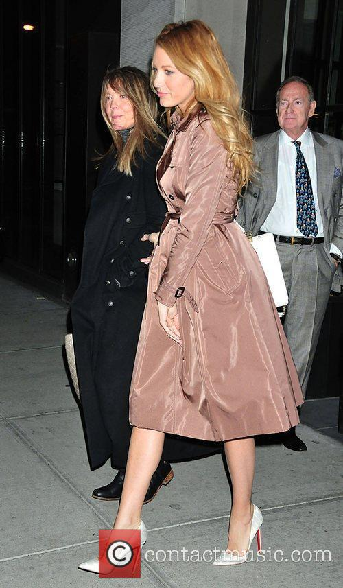 Gossip Girl, Blake Lively and Christian Louboutin 3