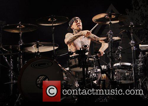 Mark Hoppus, Blink 182, Travis Barker and O2 Arena 2