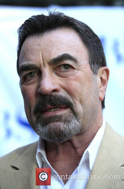 Tom Selleck 4