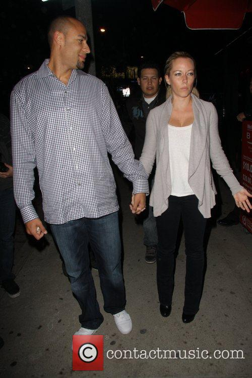 Hank Baskett and Kendra Wilkinson 8