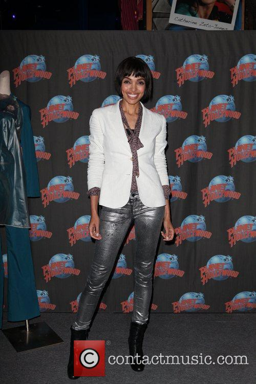 Tamara Taylor and Planet Hollywood 6