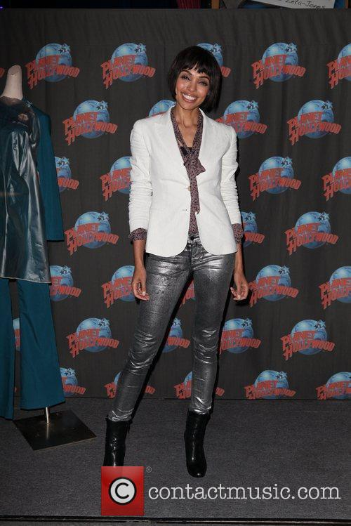 Tamara Taylor and Planet Hollywood 7