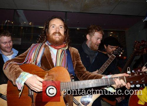 Damien Rice and Glen Hansard 6