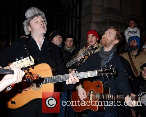 mundy glen hansard bono and glen hansard 5773222