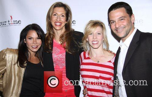 Daphne Rubin-vega, Alysia Reiner, Maddie Corman and David Alan Basche 5