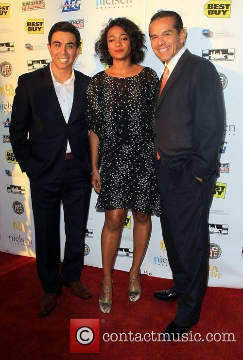 Tatyana Ali and Antonio Villaraigosa 3