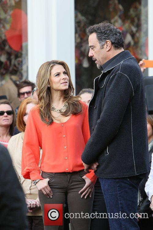 Maria Menounos and Brad Garrett 6