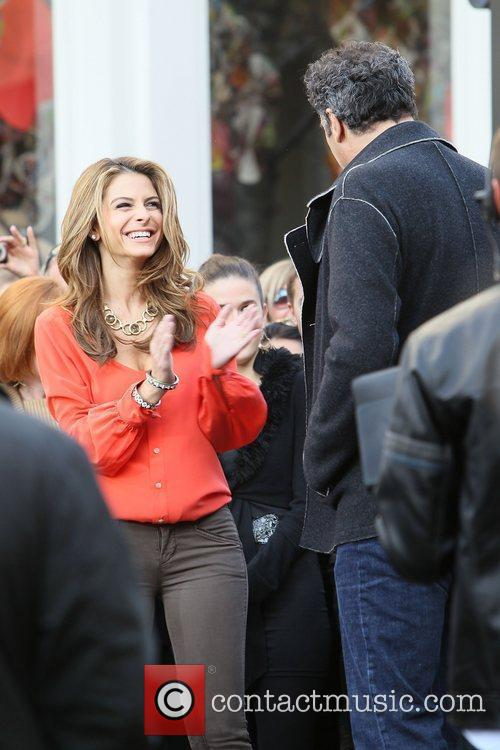 Maria Menounos and Brad Garrett 8