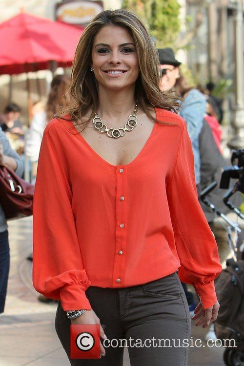 maria menounos brad garrett seen at the 3693663