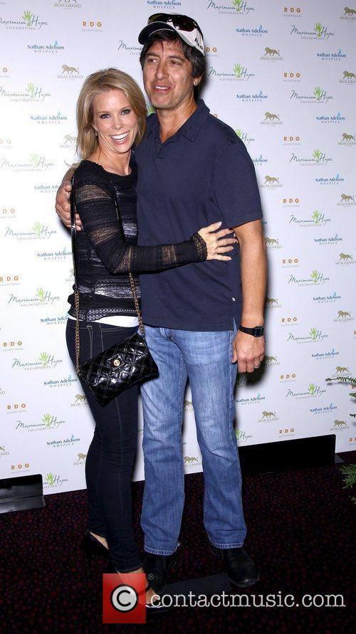 Cheryl Hines and Ray Romano 7
