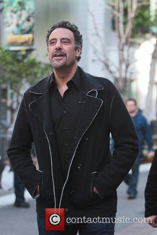 brad garrett at the grove to appear 5782490