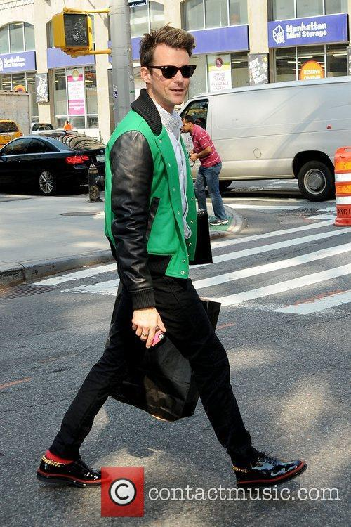 brad goreski looking stylish as he leaves 5911483
