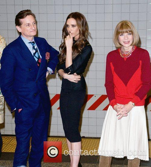 Hamish Bowles, Anna Wintour and Victoria Beckham 7