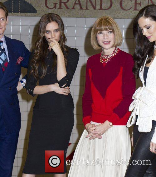 Victoria Beckham and Anna Wintour 5