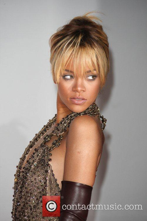 Rihanna and Brit Awards 5