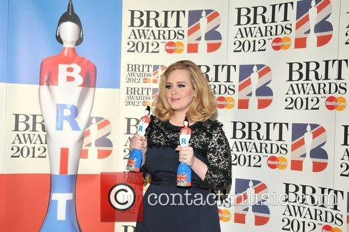 Adele and Brit Awards 9