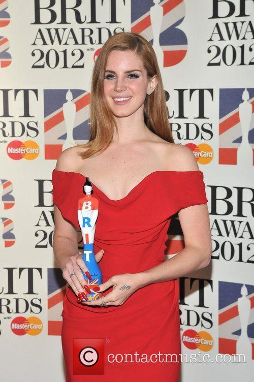 Lana Del Rey and Brit Awards 11