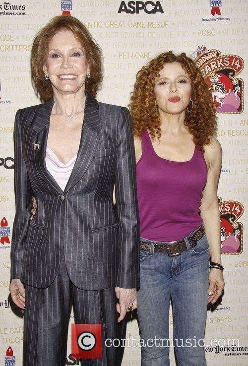 Mary Tyler Moore and Bernadette Peters 1