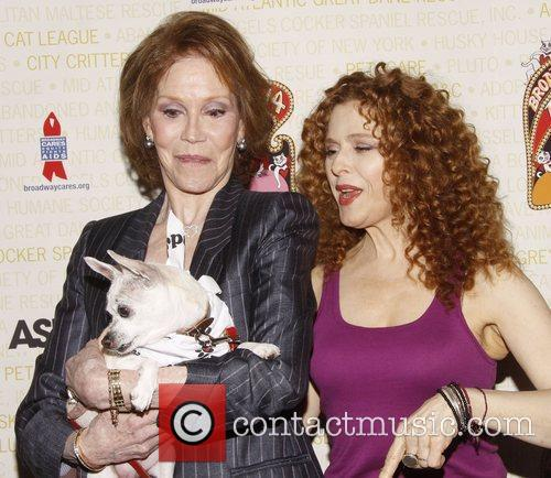 Mary Tyler Moore and Bernadette Peters 5