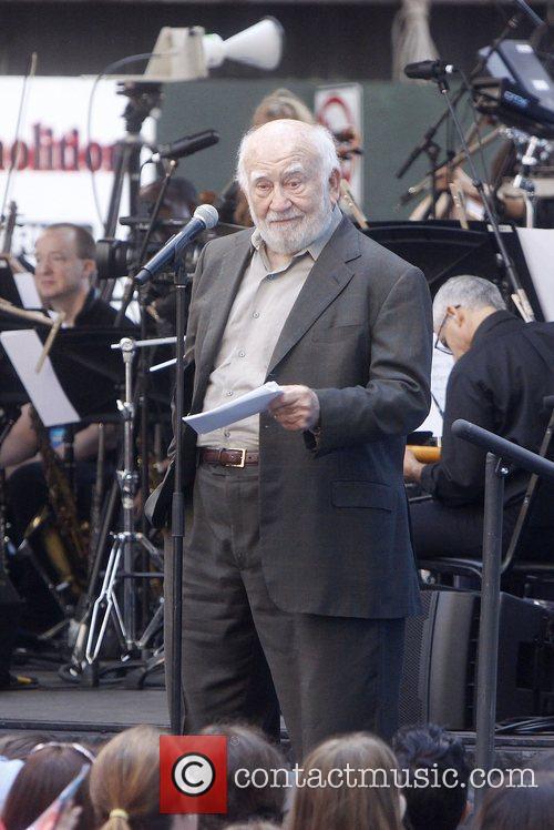 Ed Asner Free Concert entitled 'Broadway On Broadway',...