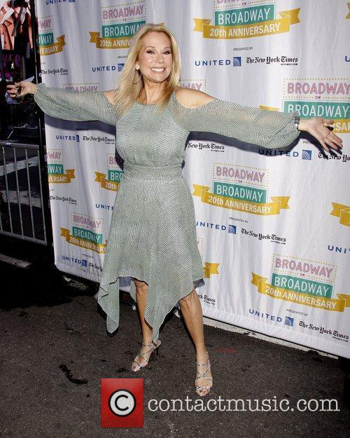 Kathie Lee Gifford and Times Square 5