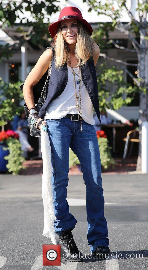 Brooke Mueller, Fred Segal and West Hollywood 11