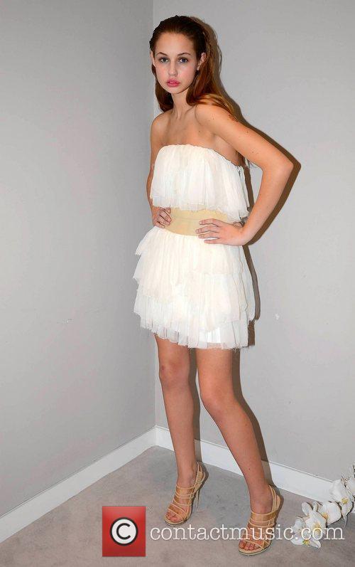 Models Thalia Heffernan & Karen Fitzpatrick showcase Brown...
