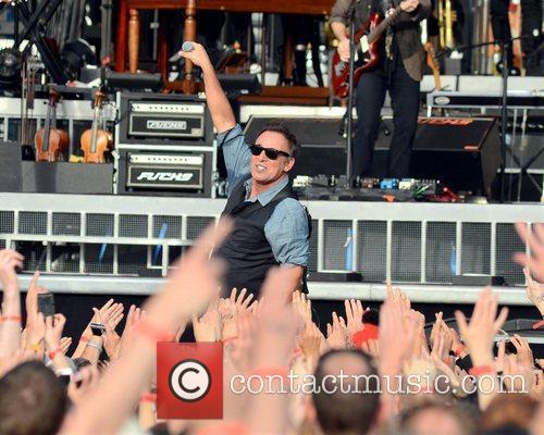 bruce springsteen performs at the rds dublin 3994077