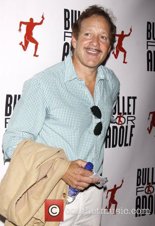 Steve Guttenberg 3