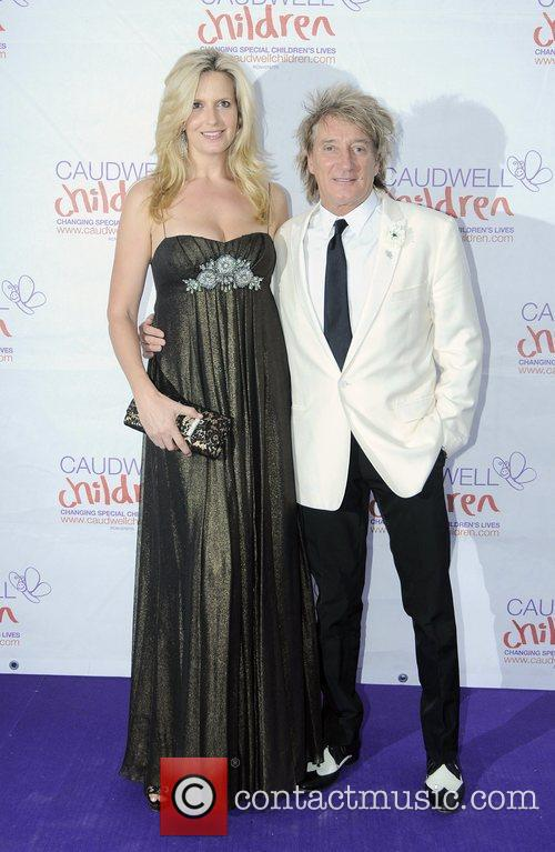 Penny Lancaster and Rod Stewart 3