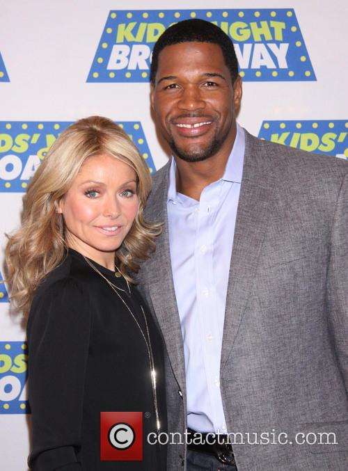 Michael Strahan and Kelly Ripa 6