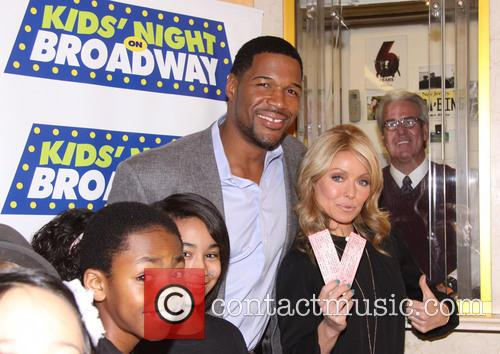 Michael Strahan and Kelly Ripa 11