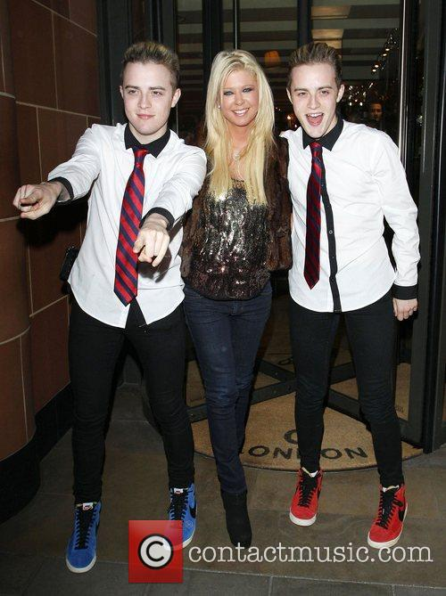 tara reid john grimes and edward grimes 4060287
