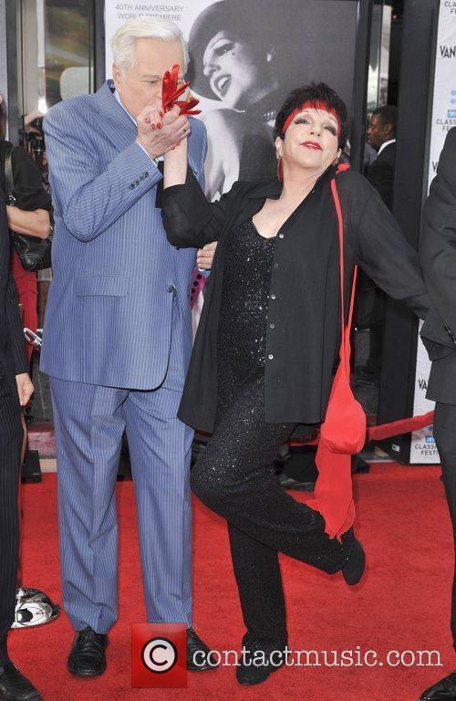 Liza Minnelli and Grauman's Chinese Theatre 4