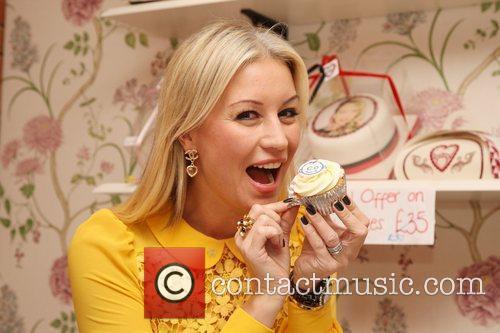 Denise Van Outen Cake sale at Bella Sorella...