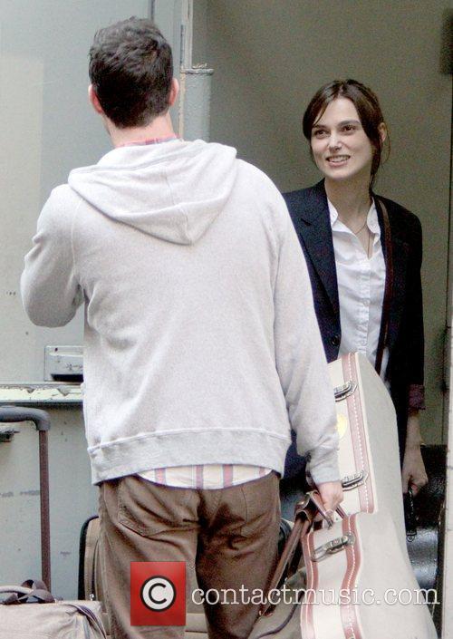 Adam Levine and Keira Knightley 7