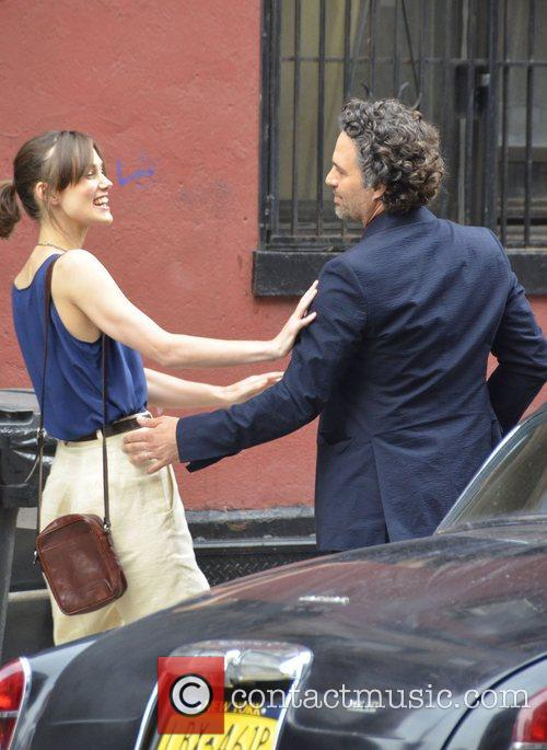 Keira Knightley and Mark Ruffalo 16