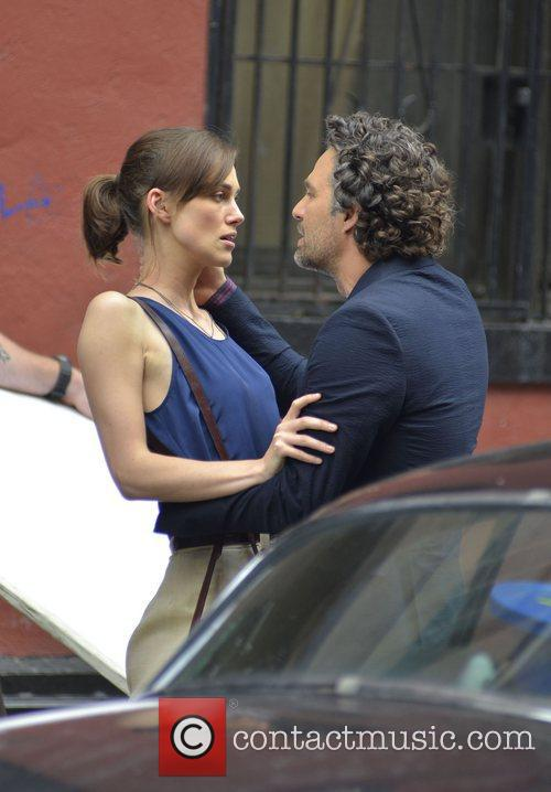 Keira Knightley and Mark Ruffalo 8