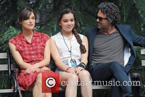 Keira Knightley, Hailee Steinfeld and Mark Ruffalo 2