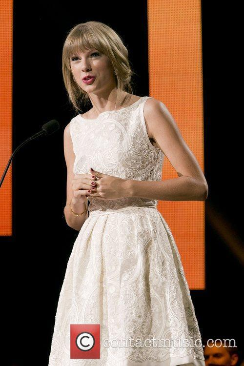Taylor Swift and Country Music Association 12