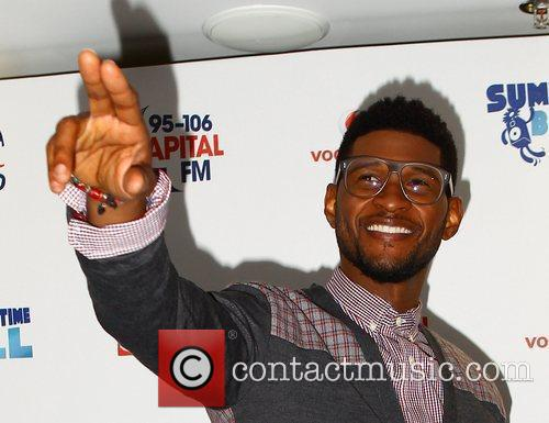 Usher and Wembley Stadium 3