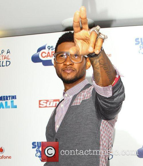 Usher and Wembley Stadium 4