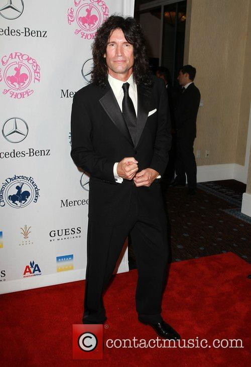 Tommy Thayer  26th Anniversary Carousel Of Hope...