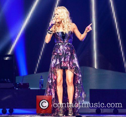 carrie underwood performing at jobingcom arena during 4137439