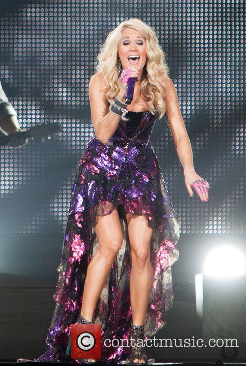 Performing at Jobing.com Arena during her 'Blown Away...