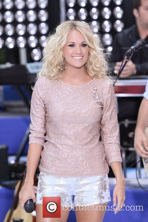 Carrie Underwood 27