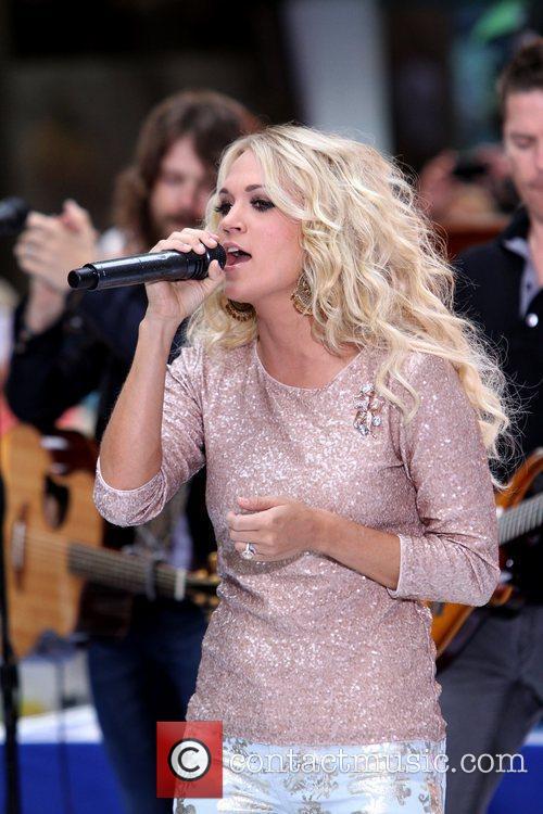 Carrie Underwood 31