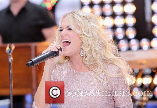 Carrie Underwood 34